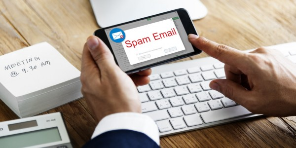 Fotolia_139526927_S_Spam